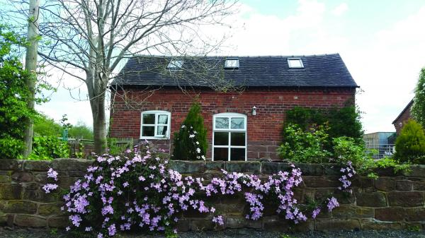 Folly foot Cottage Hinstock, 5.53 Acres in All, £695,000