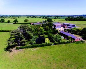 MINSTERLEY PARK FARM, MINSTERLEY, SHREWSBURY, SHROPSHIRE, SY5 0DH, 109.79 hectares
