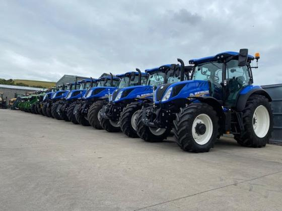 NEW CASE IH & NEW HOLLAND TRACTORS FOR HIRE.