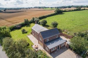 Glebelands Farm, Detached six bedroom farmhouse, equating to approximately 4400 sq ft, Guide Price �