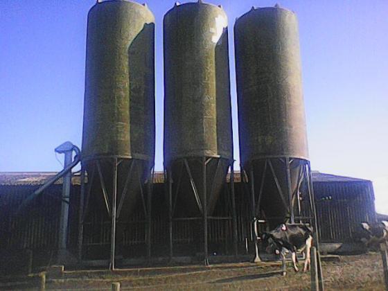3 x 35 ton Fibre Glass Feed Hoppers
